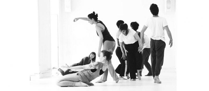 Adiante, a dança